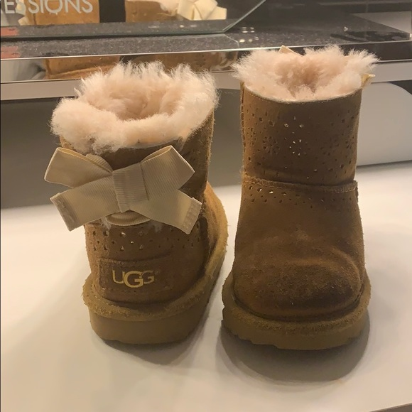Ugg Chestnut Toddler Girls Boots Size 8